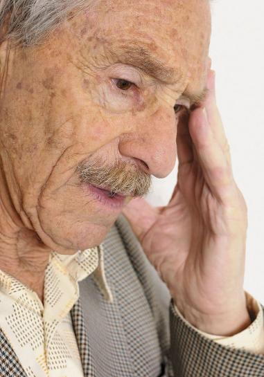 如何正确预防老年白癜风